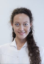 Хохлова Алена Юрьевна